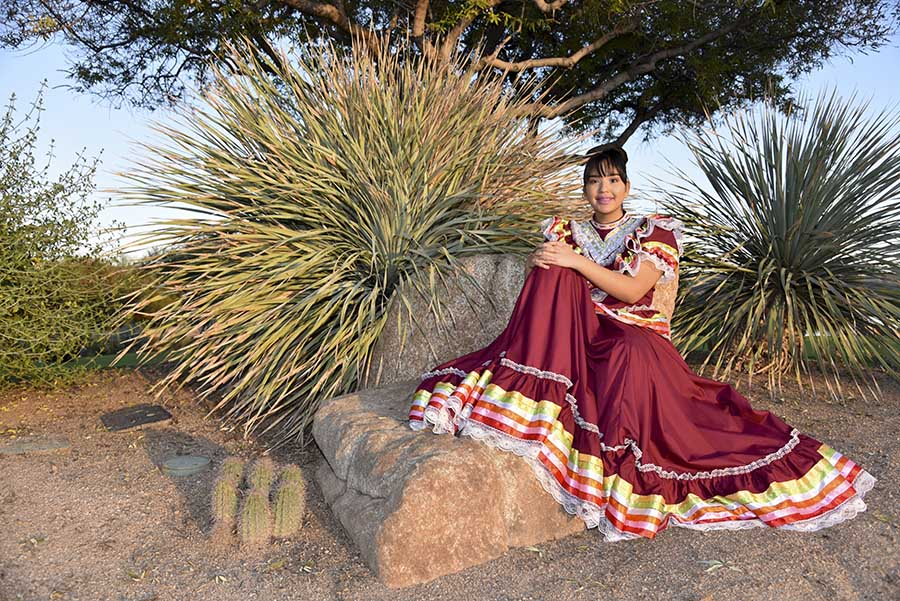 professional photography session for quinceañera