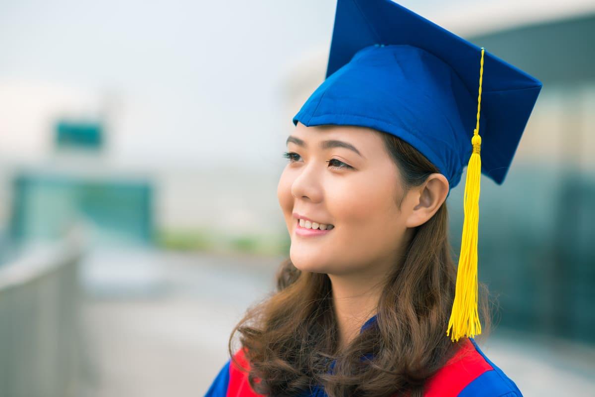 Graduation Photo Ideas